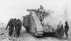 4webBattle-of-Amiens-Tank-moving-forward