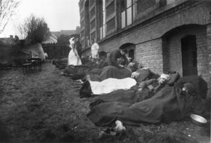 British gas casualties Bailleul May 1915