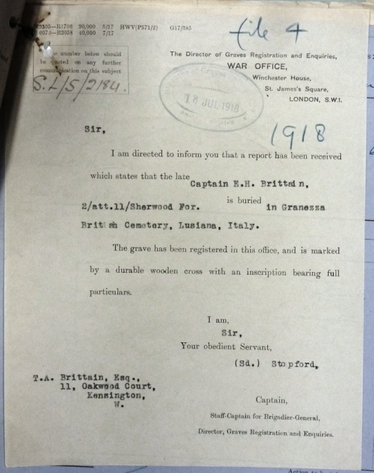 Notification of the location of Edward's Grave sent to his father. (National Archives WO339/27827)