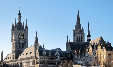 Ypres Battlefield Walking tour Cloth Hall